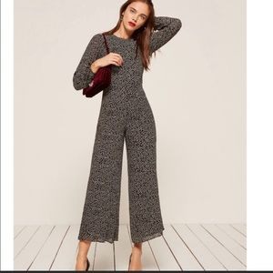 Reformation Missy Jumpsuit size 6P small tear